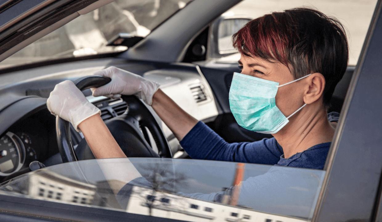 Conducir con las ventanillas abajo puede reducir el riesgo de contagio de COVID